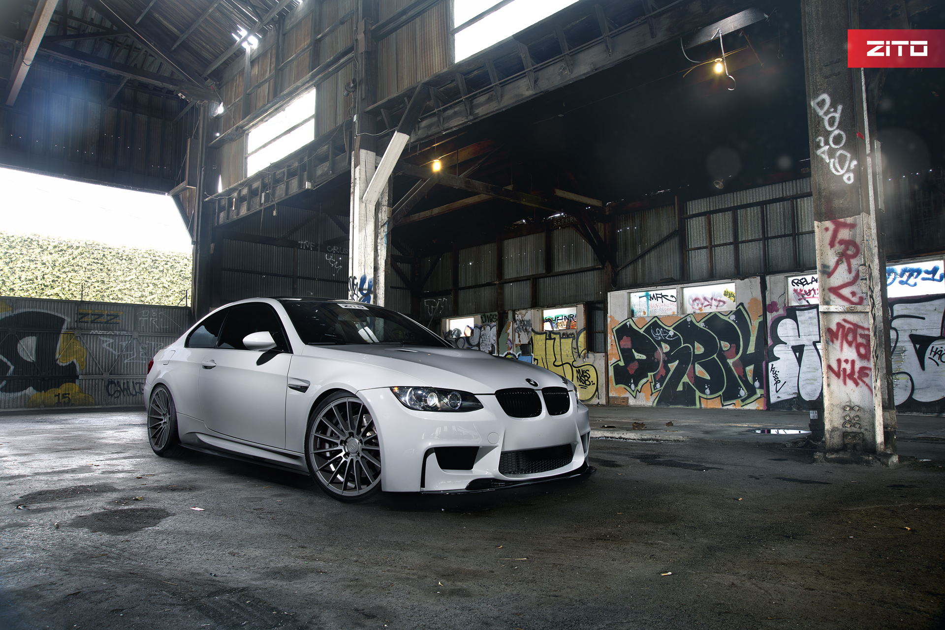 BMW E92 M3 White Gunmetal ZS15