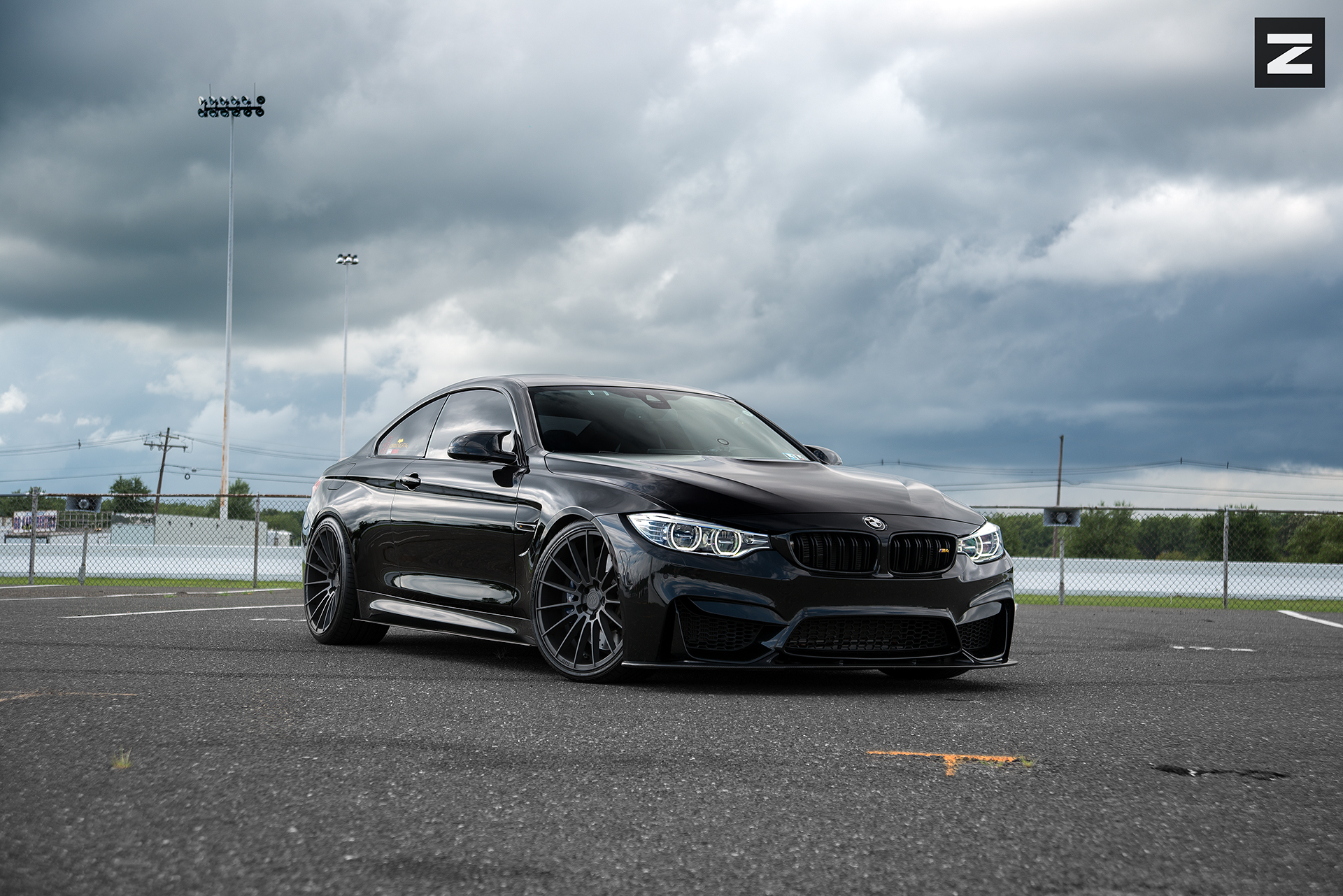 BMW F82 M4 Black Gunmetal ZS15