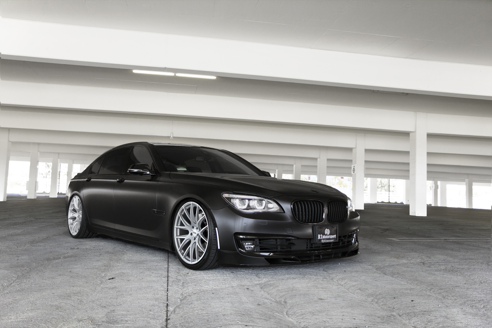 BMW Alpina B7 Black