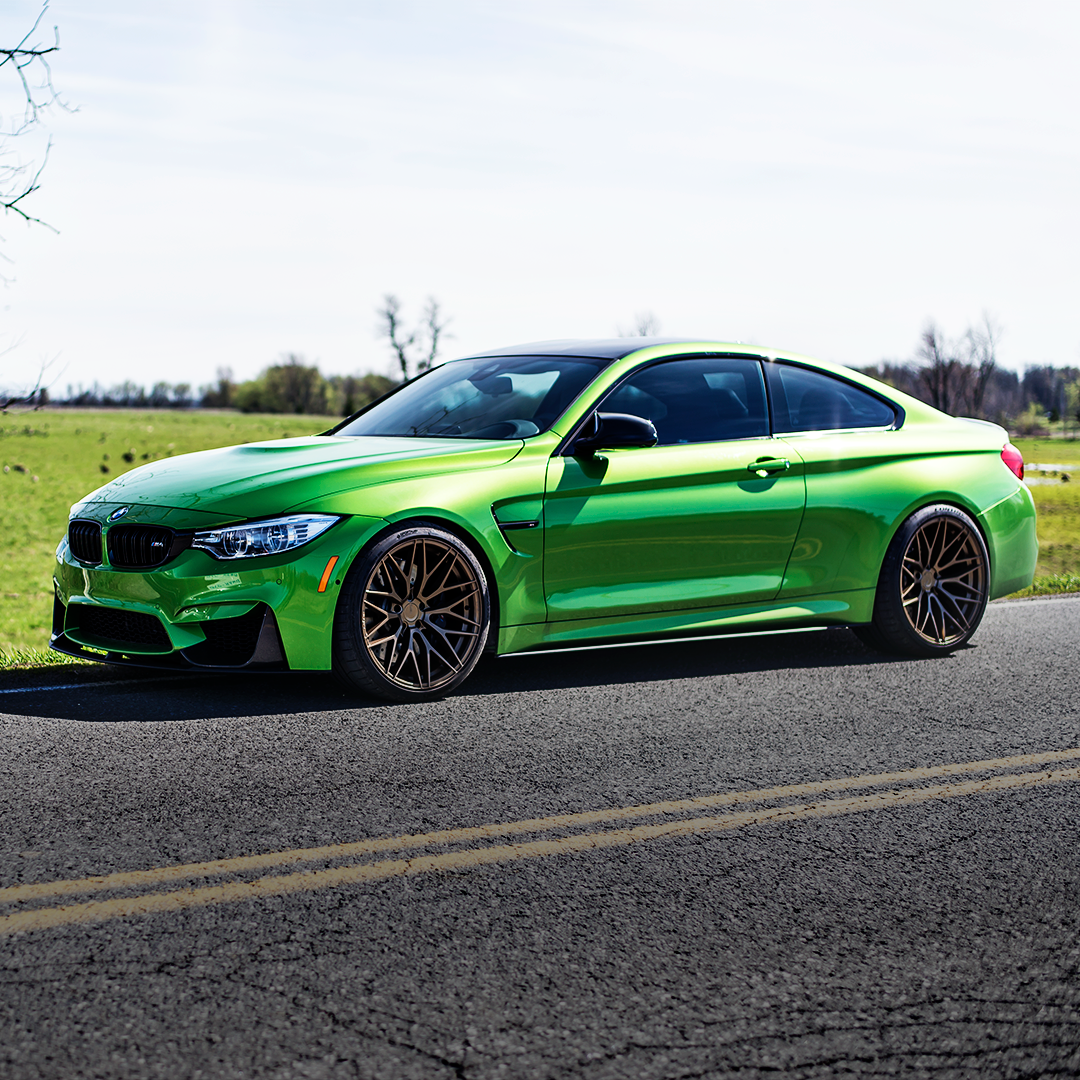 BMW F82 M4 Green Bronze ZF01