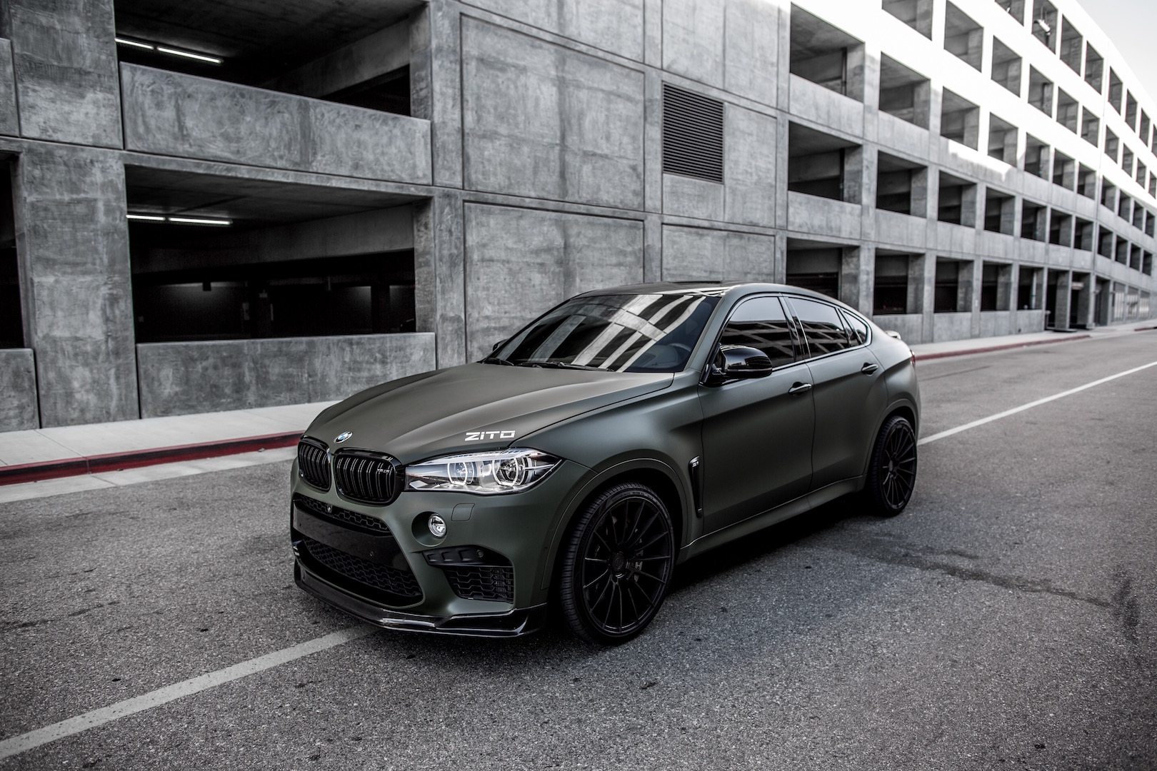 BMW F86 X6M Green Black ZS15