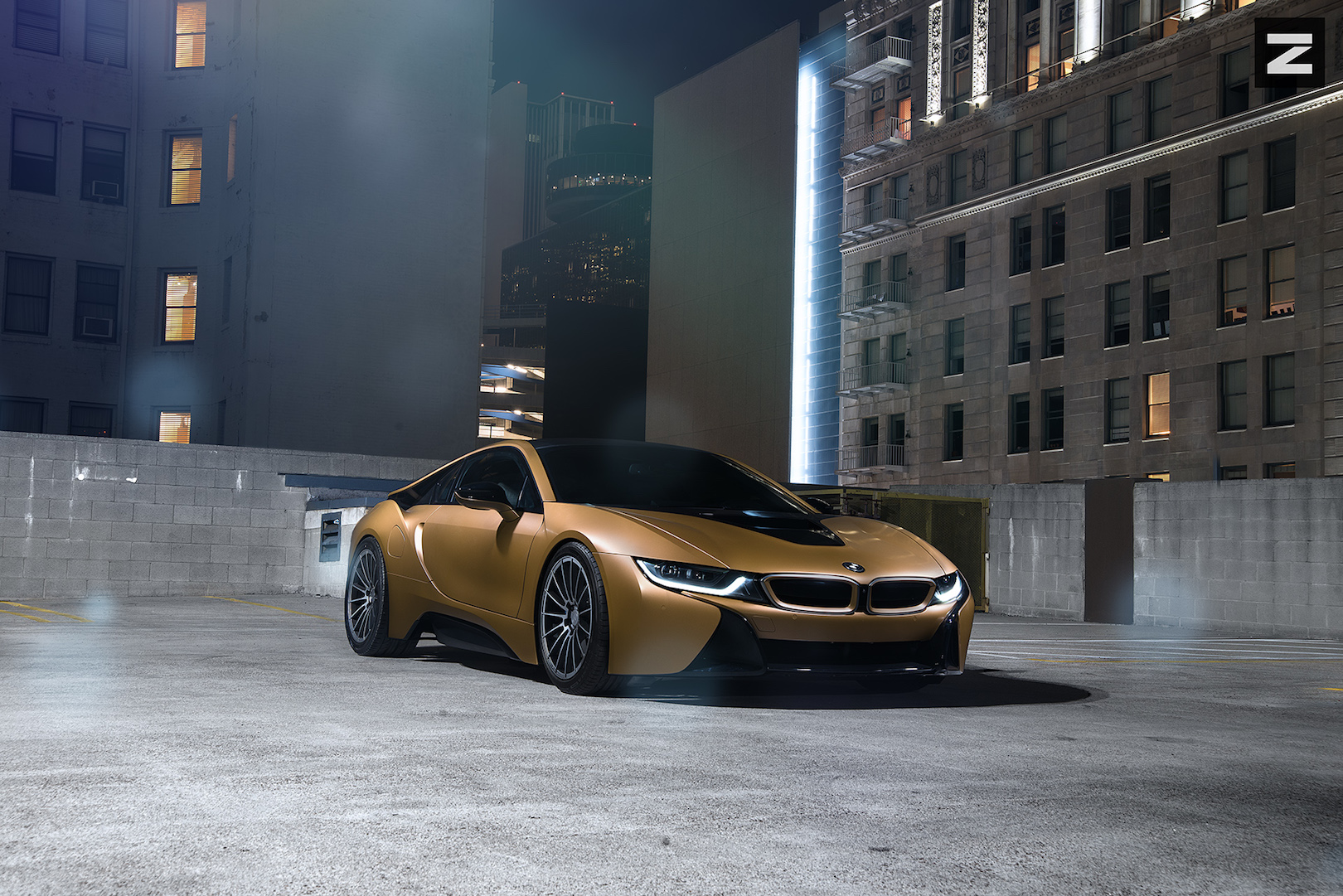 BMW i8 Gold Gunmetal ZS15