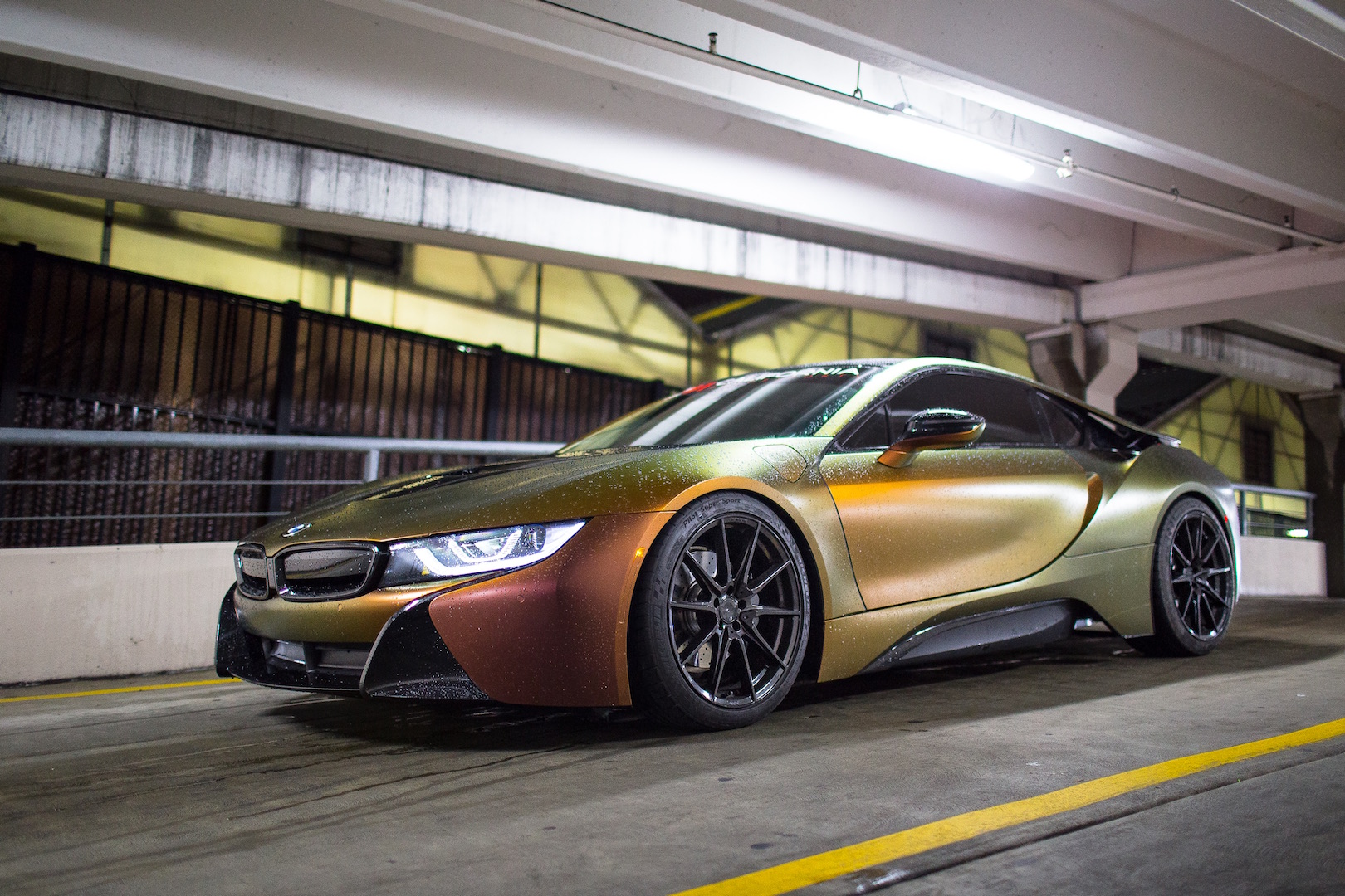 BMW i8 Mulit Black ZF03