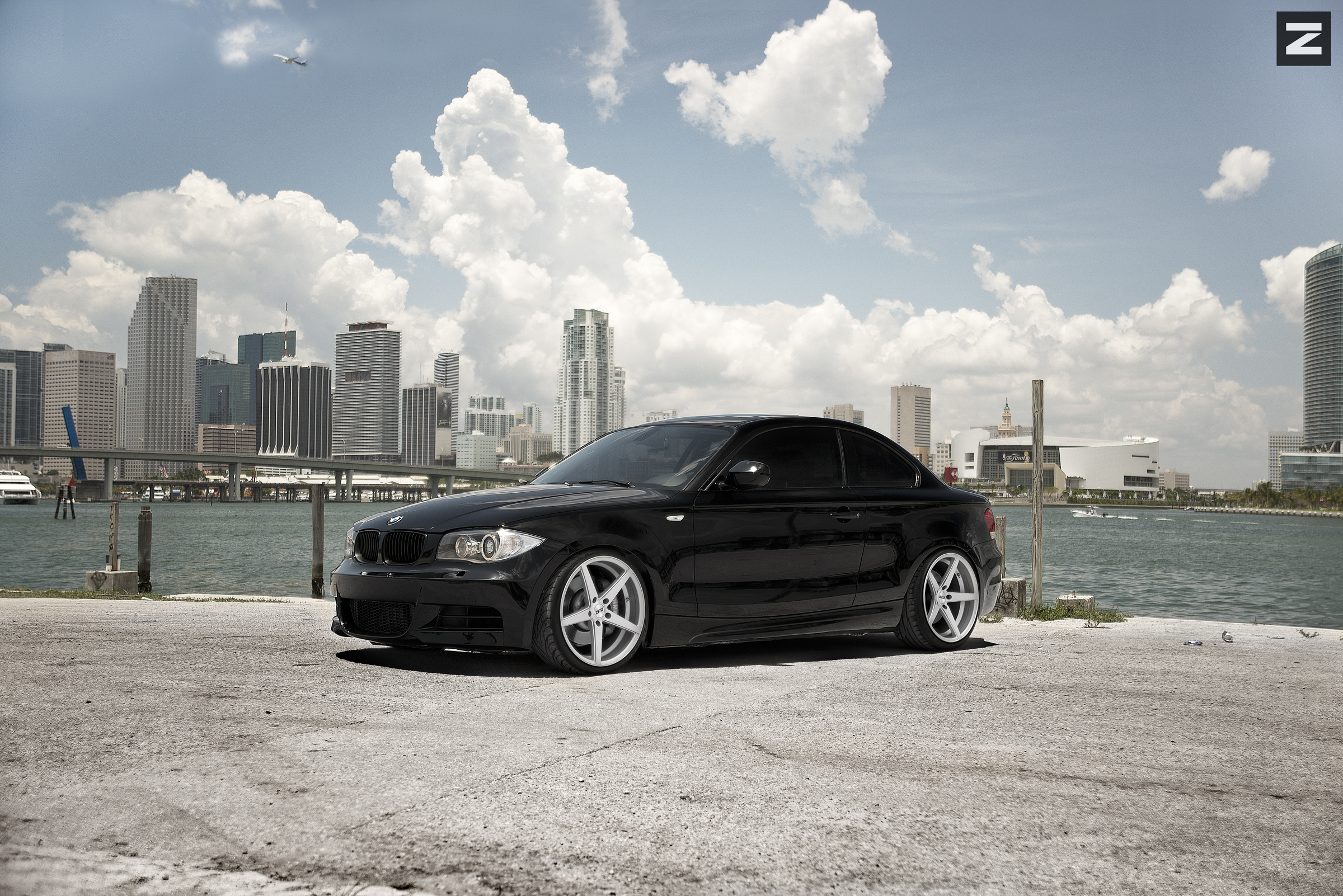 BMW E82 135i Black ZS02