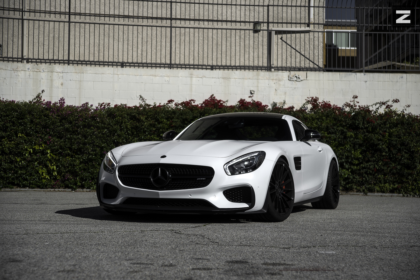 Mercedes Benz AMG GTS White Gloss Black ZS15