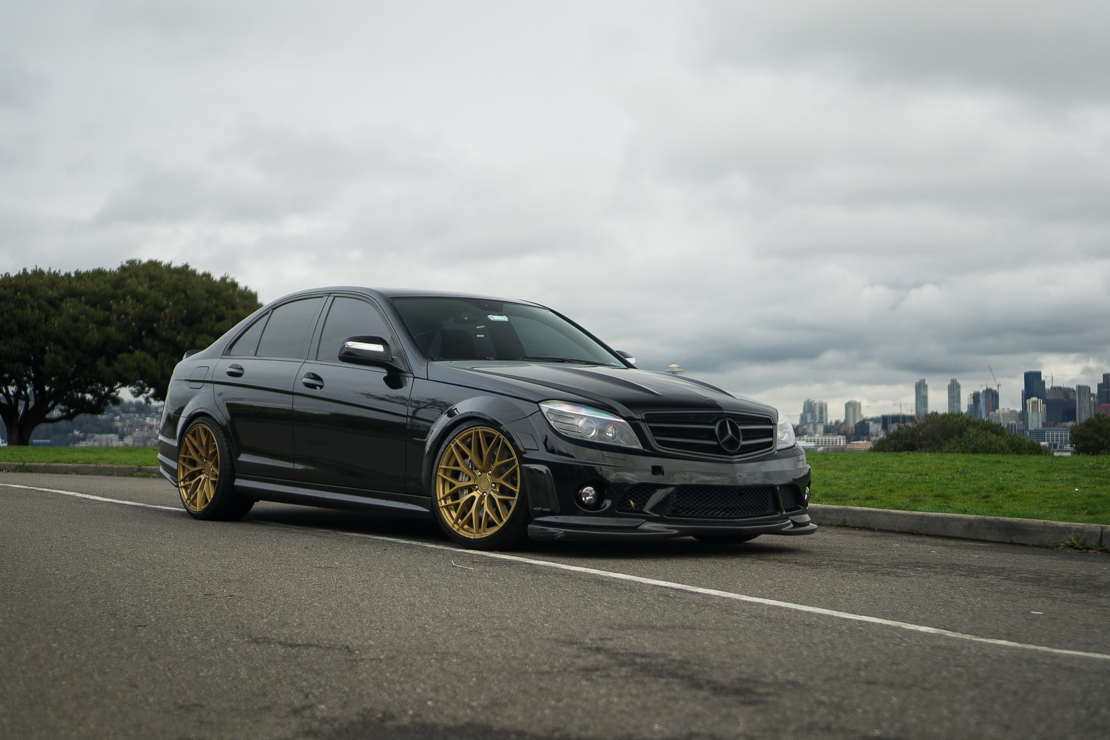 Mercedes Benz C63 W204 Black Gold ZF01