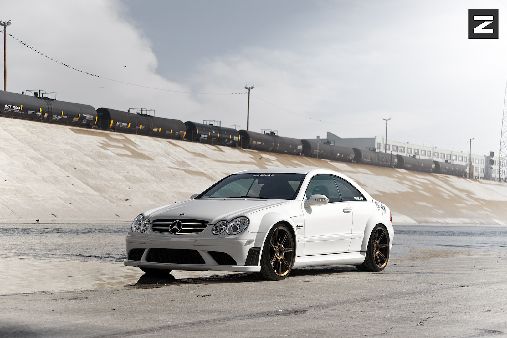 Mercedes Benz CLK63 AMG White Bronze ZS07